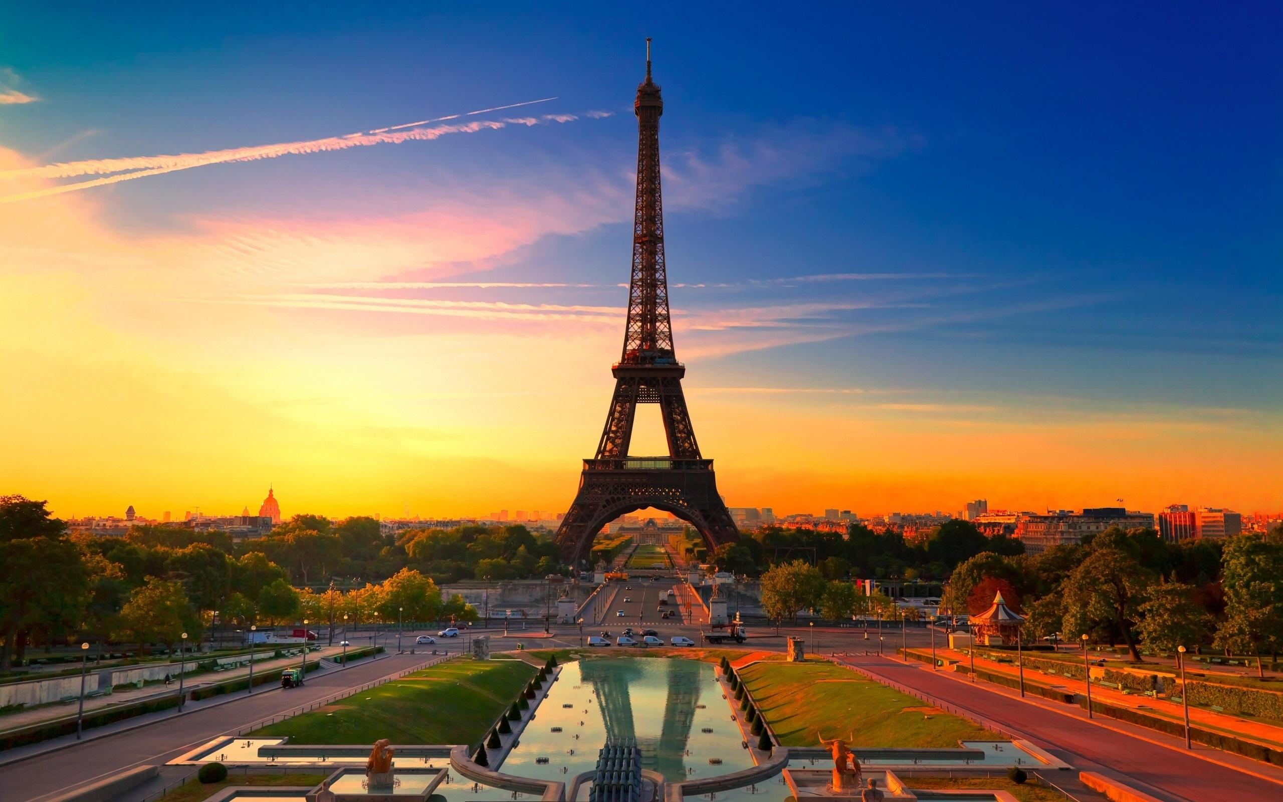 Екскурзия до париж със самолет и гид